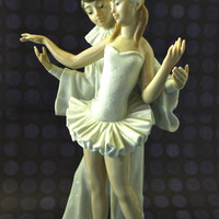 Lladro Carnival Couple 4882 porcelain figurine