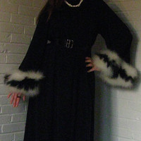 Gorgeous 1960s Saks Fifth Avenue Feather trimmed Robe. Black Dressing gown. Free size.