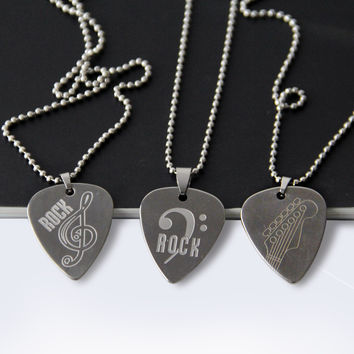 Stainless Steel Metal Rock Acoustic Guitar Picks Necklace Electric Bass Guitar Plectrum