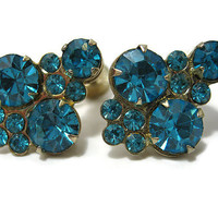Coro Vintage Blue Rhinestone Earrings Aqua Gold Tone Screw Back Mid Century Womens Glitz Glam Bling Sparkly Jewelry Ladies Formal Prom