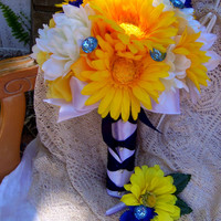 Daisy Wedding Bouquet, Button Wedding Bouquet, Yellow, Blue and White Wedding Bouquet ,Ready To Ship