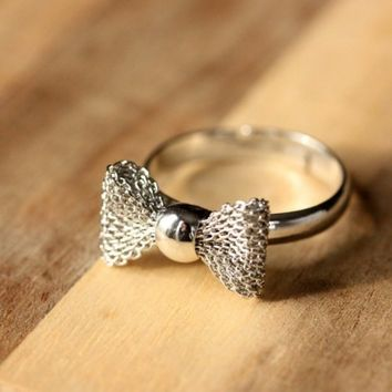 Silver Bow Ring | diamentjewelry - Jewelry on ArtFire