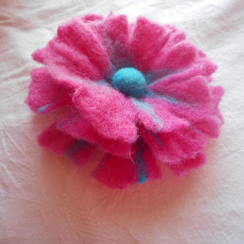 Shop red poppy flower brooch on wanelo felt broochwool accessoriesfelt flower broochfelt flowerfelted poppy mightylinksfo
