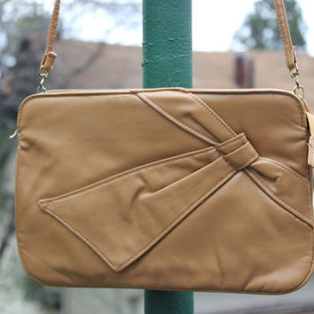 Vtg 80's Faux Leather Bow Bag Beige Long Cross Body Strap Light Brown