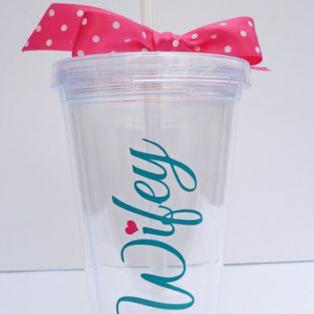 Wifey Tumbler / Engagement Gift For Her / Bridal Shower Gift / Wedding Gift / Bride to Be / Future Mrs. / Engagement Gift Idea