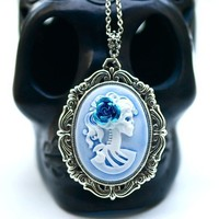 Miss Skeleton Rococo necklace  WHITE HAZY BLUE by grigiodesign