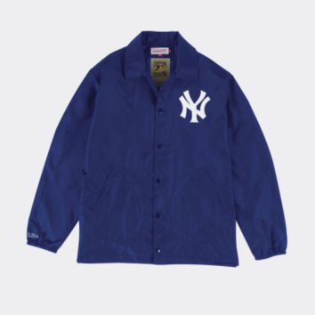 Mitchell & Ness New York Yankees Mens Coaches Jacket in Navy