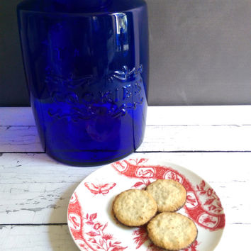 Cobalt Blue Glass Cookie Jar/ Large Glass Cookie Jar/ Blue Cobalt Glass/ Vintage Blue Cookie Jar
