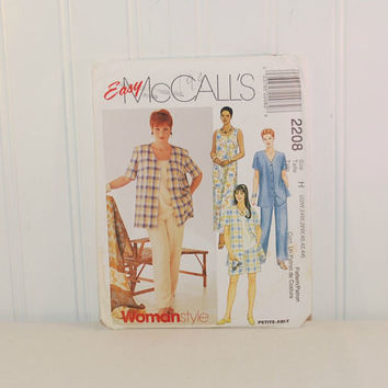 McCall's 2208 Women's Shirt Dress or Top, Pull-On Pants or Shorts (c. 1999) Women's Size 22W, 24W, 26W, Plus Size Summer Clothes, Casual