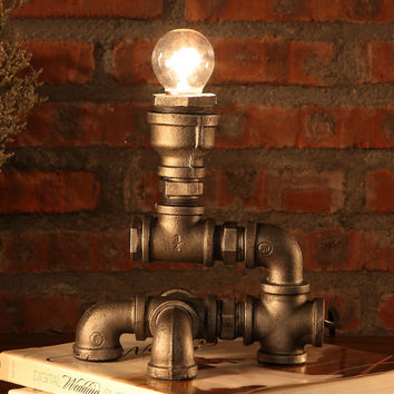 Bare Vertical Bulb Iron Piping Desk Lamp Ornament Lighting Steampunk Retro