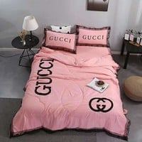 Pink GUCCI Bedding Blanket Quilt Coverlet Pillow shams 4 PC Bedding Set