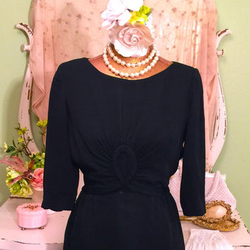 1950s Little Black Dress - 40s 50s Wiggle Dress - Ultimate Jackie O - Crepe Metal Zipper - Hollywood Glam - Hour Glass - Red Carpet - Medium