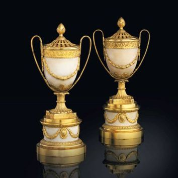 A PAIR OF GEORGE III ORMOLU-MOUNTED WHITE MARBLE POT-POURRI VASES AND COVERS, BY MATTHEW BOULTON, CIRCA 1772