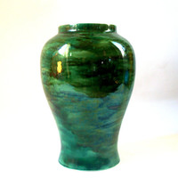 PRAIRIE STYLE VASE 1970s Vintage Modern Studio Art Pottery Marbled Forest Green Glaze with Mirror Shine Tall Large Duncan Ceramics 1975