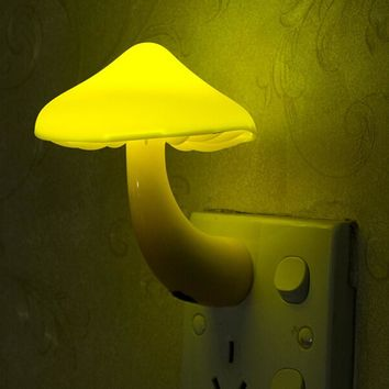 Yellow Night Lamp Mushroom Wall Socket Light-controlled Sensor LED Night Lights Bedroom Baby Auto Light Control 110-220V 0.2W