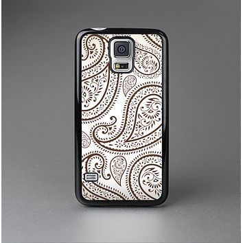 The Tan Highlighted Paisley Pattern Skin-Sert Case for the Samsung Galaxy S5