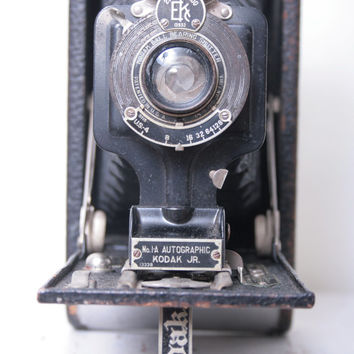 No 1A Autographic Kodak Jr Camera for an Artists Showroom or a Photography Museum