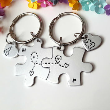 Long Distance Keychains, Boyfriend Gift, Puzzle Piece Keychains, State to State, Connected at heart, Couple Initials, Personalizable Gifts