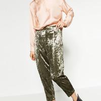 VELVET CARROT TROUSERS DETAILS