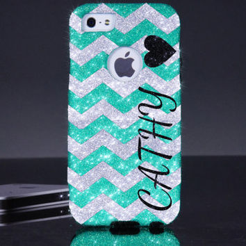 Personalized Otterbox iphone 5 case iphone 5s case- Small Chevron Heart Wintermint/Silver Otterbox Commuter Case - Cute iPhone 5 Case