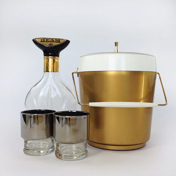 Mid Century Mod Ice Bucket / 1960's Gold and White Thermo-Serv by West Bend / Mad Men Retro Barware