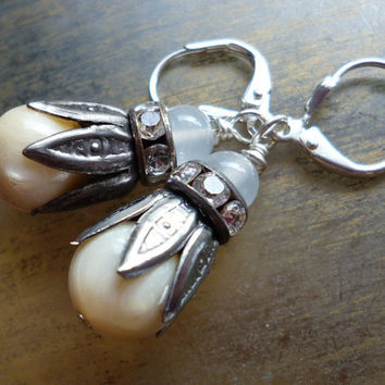 Mother of Pearl Silver Earrings - Vintage Rhinestone Alabaster Glass