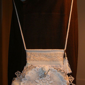 Cross Body Bag Crossbody Boho Bag Gypsy Romantic Pearl Victorian Lace Crochet Magnolia Flora
