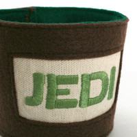 jedi - hand embroidered coffee sleeve, cup cozy, coffee cozy, for Star Wars fans and members of the Jedi Order (yoda green)
