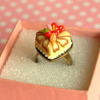 Heart cake ring - Miniature Food Jewelry - Food cookie ring - Pastry ring - Food Jewelry