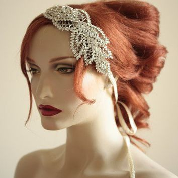 NOAH Style 004 headdress by bridalcouture on Etsy