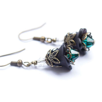 Lucite Flower Earrings. Black Flower Earrings. Swarovski Crystals Emerald & Antique Brass. Flower Jewelry. Black Jewelry