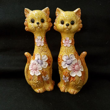 Cat Salt and Pepper Shaker, Vintage Shakers, Made in Japan, Collectible Salt and Pepper (1114)