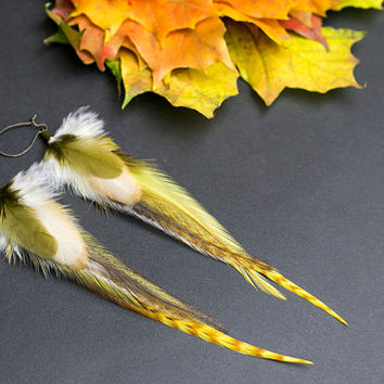 Organic earrings: Made with real Feathers. Earthy Jewelry in Earth Tones Jewellery. Native American style. Indian dangle earrings