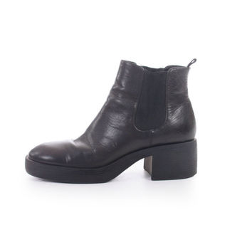 90s Vintage Black Leather Ankle Boots Chunky Heel Platform Chesea Booties Minimalist Goth Womens Size US 7 UK 5 EUR 37