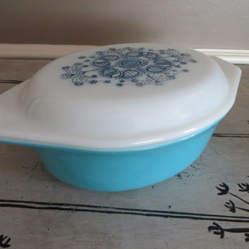 Oval Pyrex Casserole Dish Turquoise Pyrex with Blue Design Non-Standard Pyrex Pattern solid turquoise with blue lace design 1968 Blue  Doily