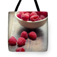 """Raspberries 1 Tote Bag for Sale by Ivy Ho (18"""" x 18"""")"""