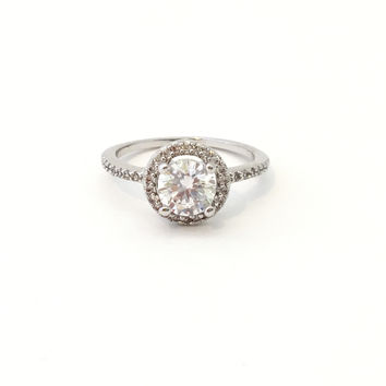 Encrusted Crystal Solitaire Silver Ring (Size 7)