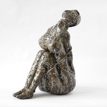 Contemporary metal art - Female sculpture - Unique home decor - Wire mesh sculpture - Metal sculpture