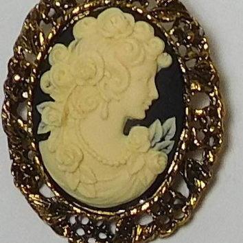 Cameo Pendant, Cameo Brooch, Black Background, Oval Setting, Oval Cameo, Flowers, Antiqued Gold Tone, Lady Profile, Vintage Victorian