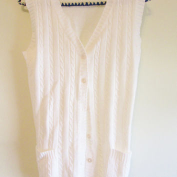 Women's Vintage 70's White Baby Cable Knit Button Down Sweater Vest w/ Pockets Sz S