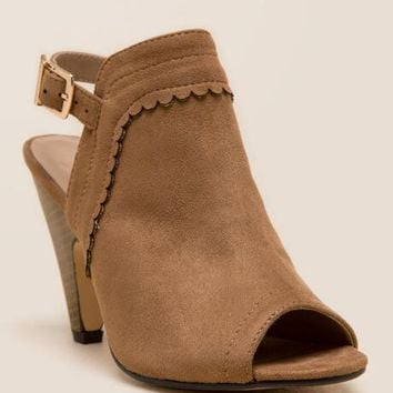 Shakey Scalloped Cone Heel Shootie
