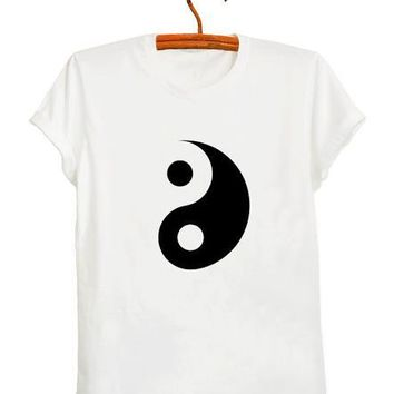 Yin Yang tai chi print Women tshirts Cotton Casual Funny T Shirt For Lady Top Tee Hipster black white Drop Ship tumblr Z-301