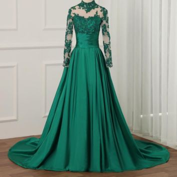 New Arrival Long Sleeves Prom Dresses Luxury Beaded Crystals Applique Taffeta Formal Evening Dress Party Gown