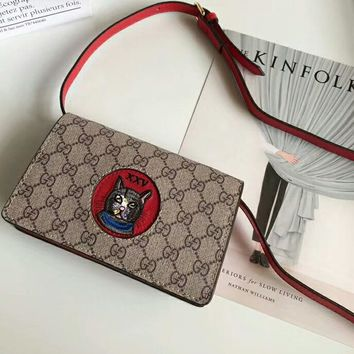 GUCCI 2018 counter new women's high-quality beautiful stylish cartoon print shoulder bag F-AGG-CZDL