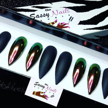 W-Chrome with black matte: Chrome Nails| Glitter Nails|Press On Nails| Glue On Nails| Stiletto Nails| Coffin Nails| Fake Nails| False Nail