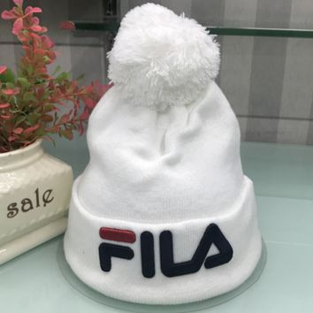 FILA New fashion knit letter Ball of yarn cap embroidery hat White