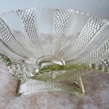1930's ART DECO DEPRESSION Glass Bowl/Arched Pedestal Heavy Depression Glass Bowl/Art Deco Fruit Bowl on Arched Carved Thick Glass Pedestal