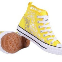 Lace high help canvas shoes