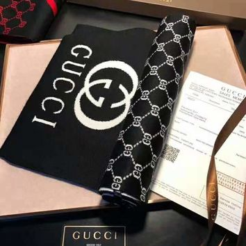 GUCCI 2018 new warm men and women models autumn and winter fashion wild shawl long scarf