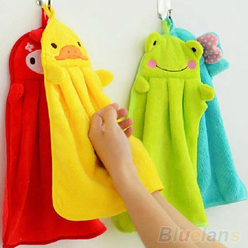 Nursery Hand Towel Soft Plush Fabric Cartoon Animal Hanging Wipe Bathing Towel 1QDU 3TDS